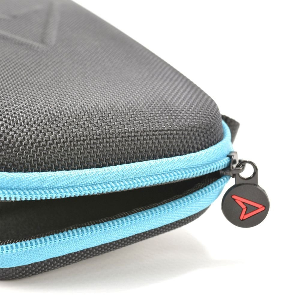 jvaswl00067-steelplay-carry-and-protect-case-for-switch-lite-side